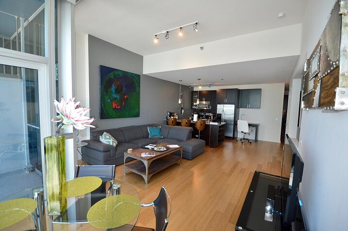 env-chicago-short-term-furnished-rentals-27-1 5.jpg