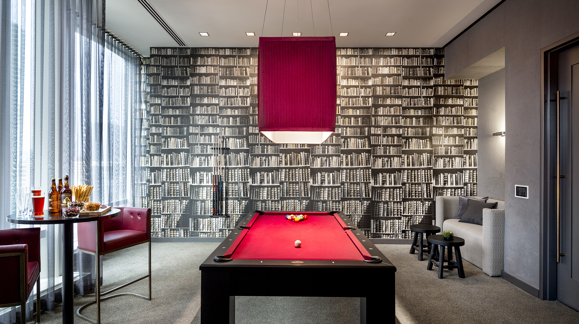 OneEleven-chicago-billiards-corporate-housing