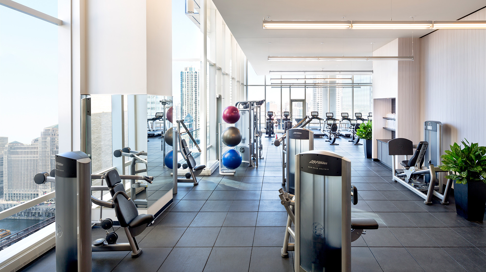 OneEleven-chicago-health-club-corporate-housing