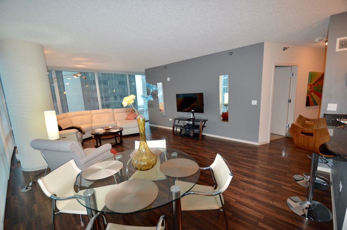 atwater-apartments-furnished-monthly-rentals-31e-6.jpg