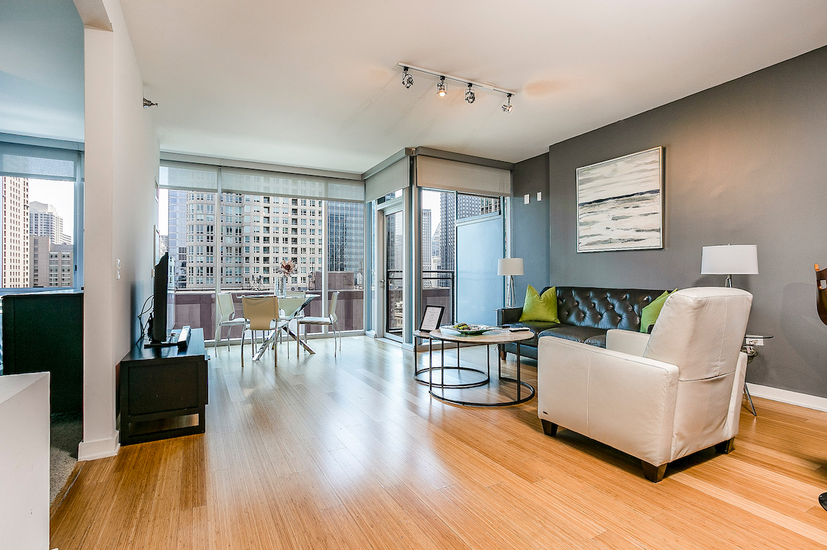EnV Chicago Furnished Apartment River North 22-2 1
